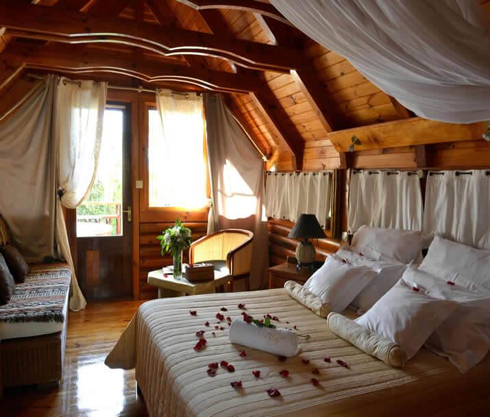 Hôtel Lodge Roche Tamarin 3*
